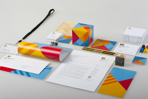 24+-+Corporate+Identity+Examples+-+Internationale+Spieltage+SPIEL
